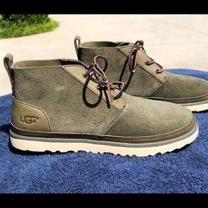 Men's UGG Neumel boots. NWT